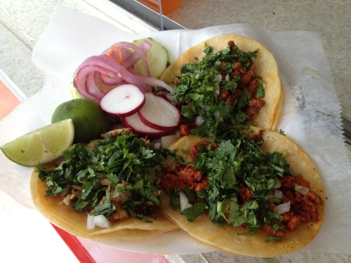 tacos from el habanero truck